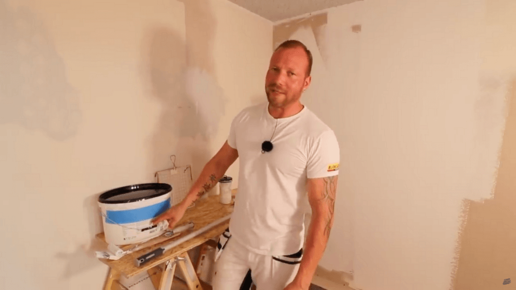 Wände streichen, die richtige Wandfarbe