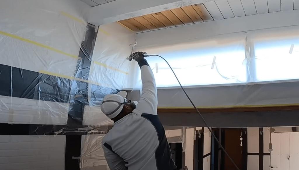 Holzdecke weiß lackieren - Malermeister Andy