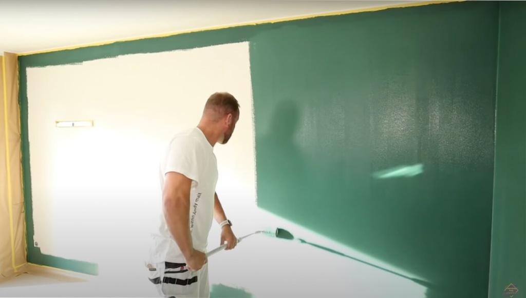 Wand farbig streichen